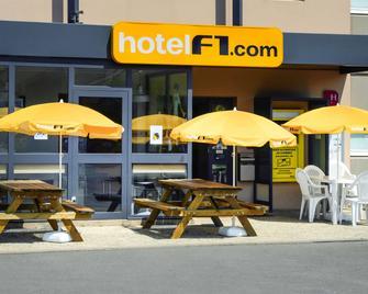 hotelF1 Avranches Baie du Mont-Saint-Michel - Saint-Quentin-sur-le-Homme - Building
