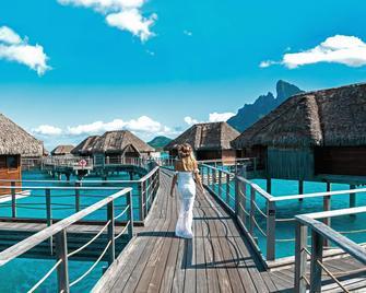 Four Seasons Resort Bora Bora - Vaitape - Gebäude