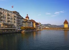 Hotel Des Balances - Luzern - Außenansicht