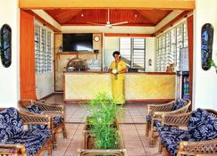 Hotel Oasis - Nadi - Front desk
