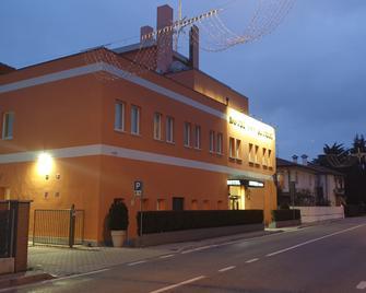 Hotel Altieri - Venecia - Edificio