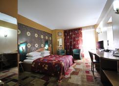 Ambassador Hotel - Timisoara - Bedroom
