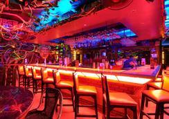 長灘島紅椰子海灘飯店 - 長灘島 - 酒吧