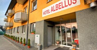 Hotel Albellus - เบอร์โน