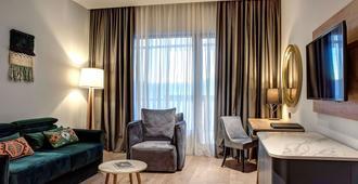 Tarcin Forest Resort & Spa Sarajevo - MGallery - Sarajevo - Living room