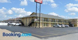 Delux Inn Tulsa - タルサ