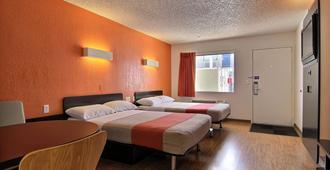 Motel 6 Albuquerque - Coors Road - Albuquerque - Phòng ngủ