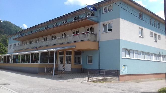 Penzion Anton - Žilina - Building
