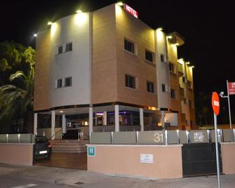 Hotel Pitort - Castelldefels - Building