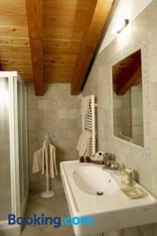 Residence Lo Peyo - Ayas - Bathroom