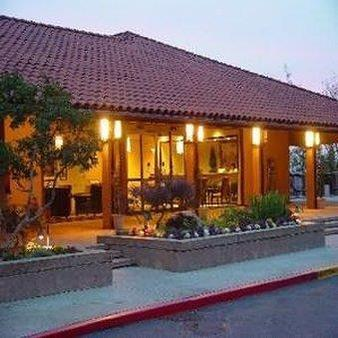 Kellogg West Conference Center & Lodge - Pomona - Building