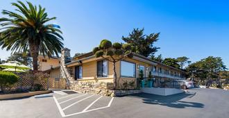 Best Western Park Crest Inn - Monterey - Building