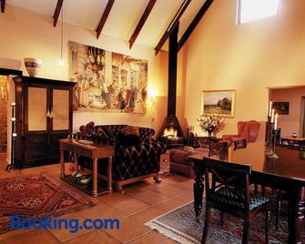 Stonecutters Lodge - Dullstroom - Wohnzimmer