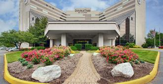 Doubletree By Hilton Hotel Newark Airport - Newark
