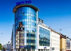 Park Inn by Radisson Nurnberg, Germany - Нюрнберг - Здание