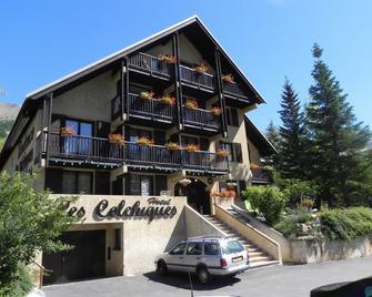 Hôtel Résidence Les Colchiques - Le Monêtier-les-Bains - Gebäude