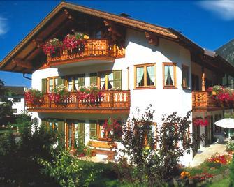 Haus Brunnsteinblick - Mittenwald - Rakennus