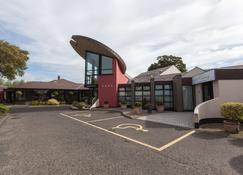 Best Western Plus White Horse Hotel - Londonderry - Building