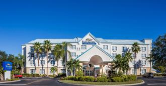 Baymont Inn & Suites Fort Myers Airport - Fort Myers