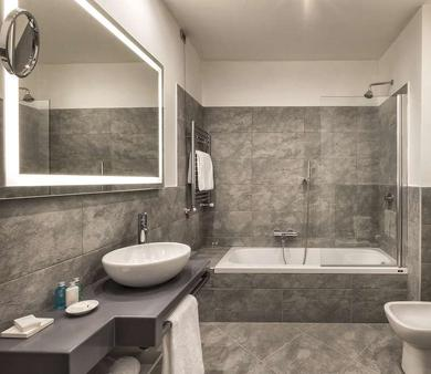 Sina Maria Luigia - Parma - Bathroom
