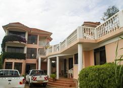 Spannet Suites - Mbarara - Bygning