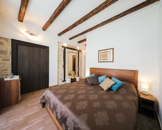 Luxury Rooms Contessa Vitali - Zadar - Bedroom