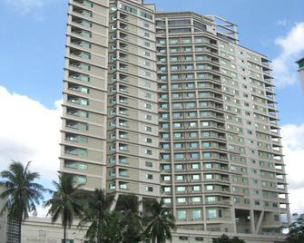 Mandarin Plaza Hotel - Cebu City - Building