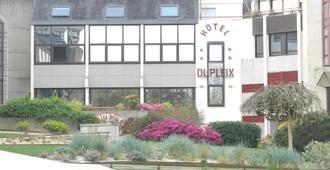 Hotel Dupleix - แกงแปร์