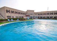 Masira Island Resort - Şūr Maşīrah - Pool