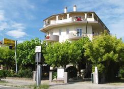 Hotel Moderno - Cervia - Building