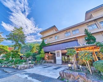 Yukai Resort Terunoyu - Maniwa - Gebouw