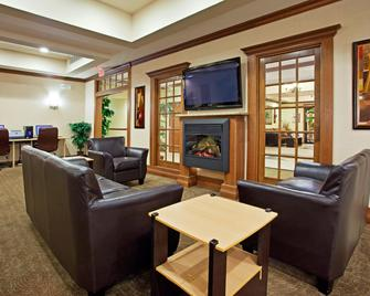 Holiday Inn Express & Suites Howell, An IHG Hotel - Howell - Huiskamer