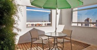 Comfort Hotel Nova Paulista - São Paulo - Patio