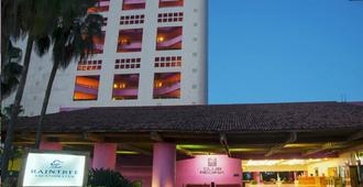 里賈納巴亞爾塔雷恩俱樂部 - 巴亞爾塔港酒店 - 巴亞爾塔港 - 建築
