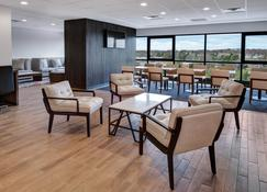 Sheraton Eatontown Hotel - Eatontown - Lounge
