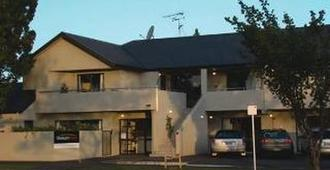 Stadium Motel - Hamilton - Κτίριο