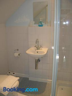 The Redcliff - Weymouth - Bathroom