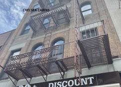 Chelsea Cabins - New York - Building