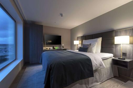 Clarion Hotel Air - Sola - Bedroom