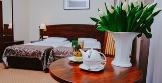 Korel Hotel - פוזנאן - חדר שינה