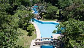 The Cakra Hotel - Denpasar - Pool