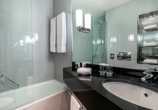 K+K Hotel Cayre - Paris - Bathroom