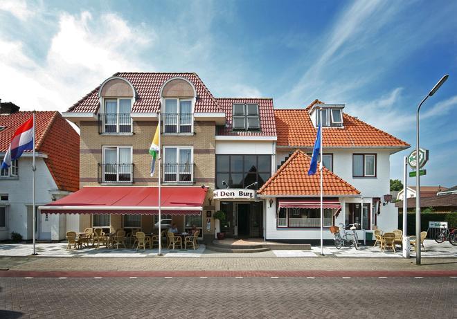 Hotel Brasserie Den Burg - Den Burg - Building