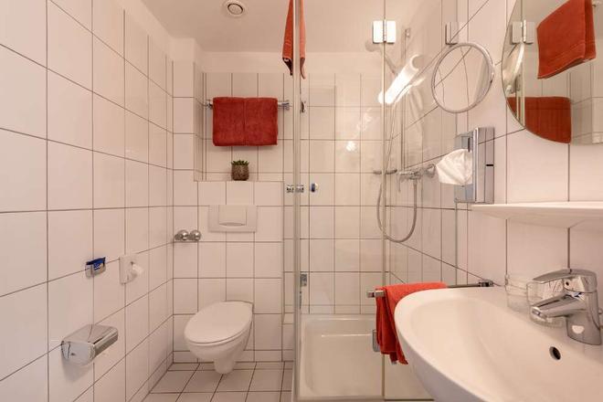Hotel Conti - Münster - Kylpyhuone