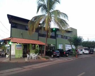 Hotel Ibirapuera - Barretos - Building