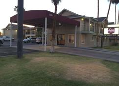 Value Inn & Suites - El Centro - Rakennus