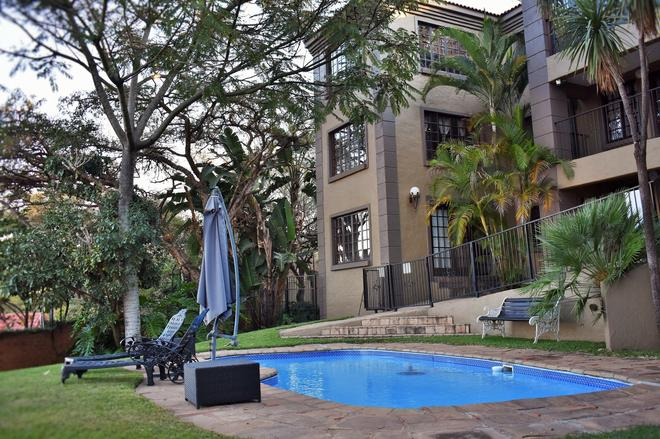 Waterfalls Boutique Hotel - Pretoria - Uima-allas
