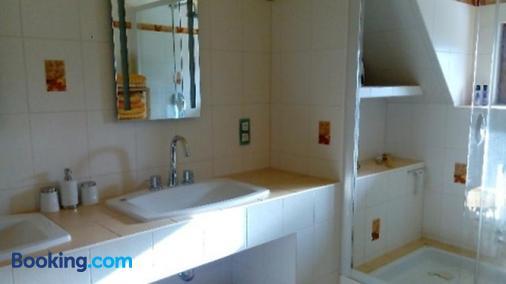 Gästehaus Fridolin - Sankt Kathrein am Hauenstein - Bathroom