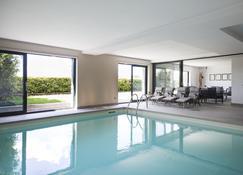 套房和泳池公寓 - 科摩 - 游泳池