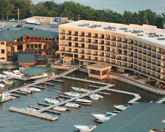 Camden On The Lake Resort & Spa - Lake Ozark - Building